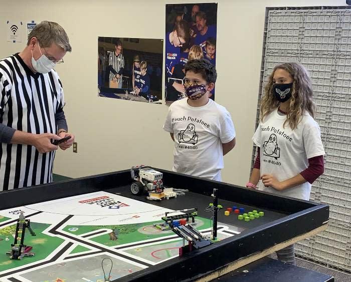Grandville Robotics students